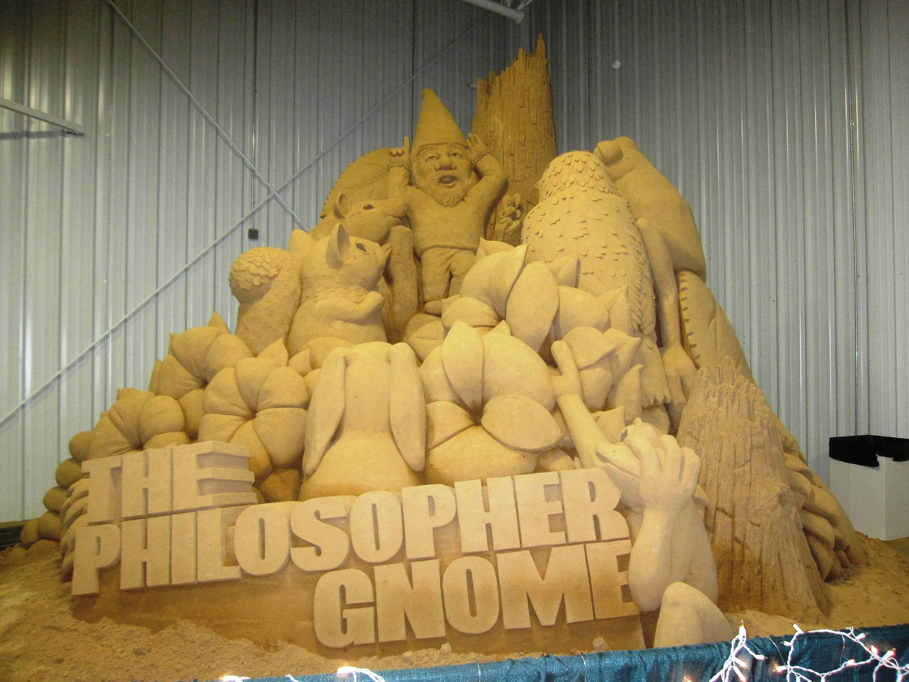 Philosopher Gnome Sand Sculpture Columbia